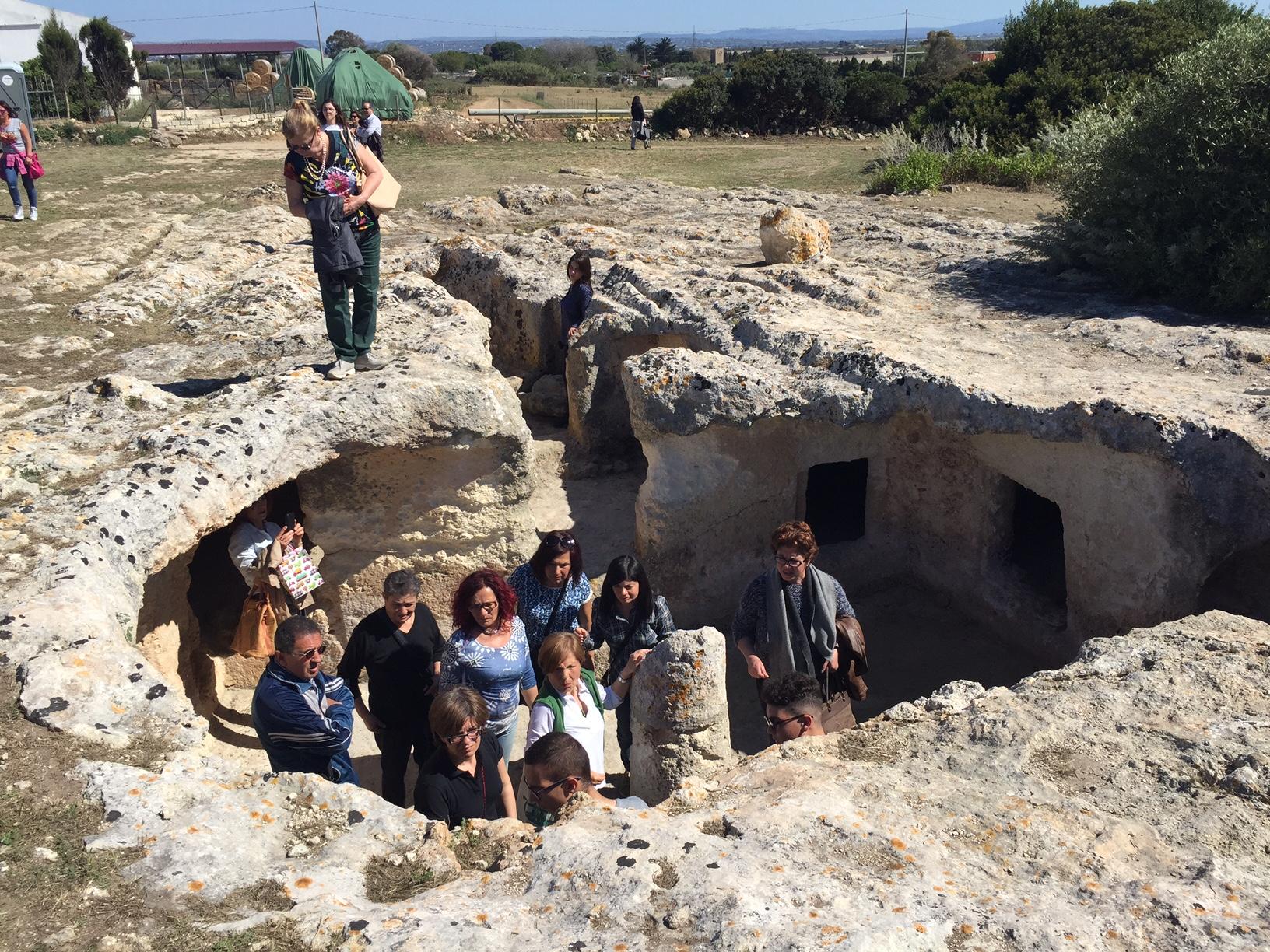 Grande successo di Monumenti aperti 2016 domenica 22 maggio a Porto Torres e sull'isola parco dell'Asinara con circa 17500 visitatori totalizzati. Area archeologica di Turris Libisonis.