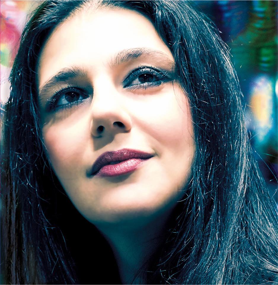 Anima è il Nuovo Disco di Maria Giovanna Cherchi la talentuosa e passionale cantate sarda amatissima dai suoi conterranei e non solo.