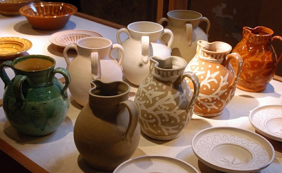 Ceramica oristanese. Buongiorno ceramica a Oristano il lungo week end della ceramica tradizionale. Da venerdì 3 a domenica 5 giugno 2016 il centro storico di Oristano metterà in mostra le bellezze prodotte dai maestri ceramisti d'Italia.