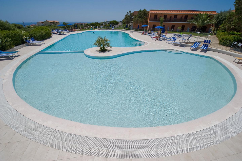 Cala Reale Hotel di Stintino piscina