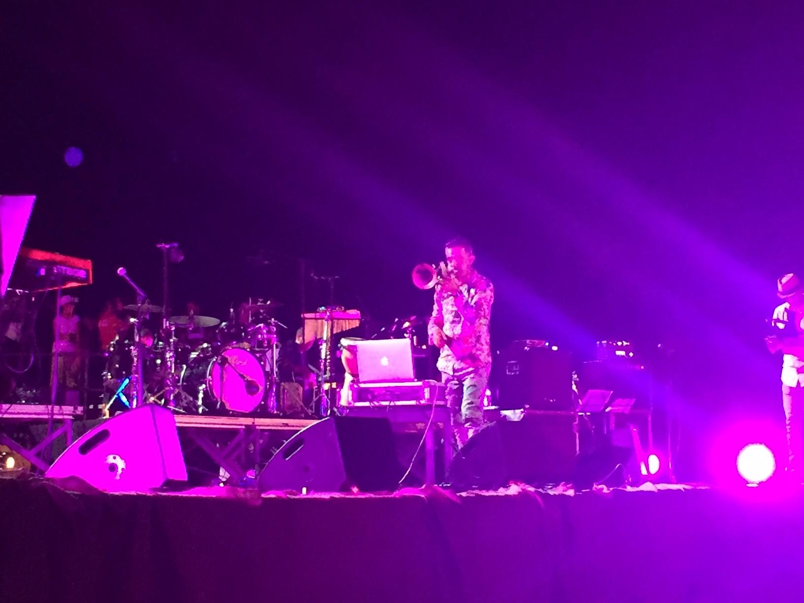 Paolo Fresu al Concerto per Andrea Parodi Balai 23 agosto 2016. Una folla immensa in una Notte di Stelle a Balai dove tantissimi artisti hanno cantato in ricordo di Andrea Parodi a 10 anni dalla sua scomparsa.