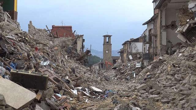 Il Comune di Carbonia, d'intesa con la De Vizia transfer Spa, organizza una raccolta carta straordinaria, al fine di garantire un sostegno concreto alle vittime del terremoto dello scorso 24 agosto.