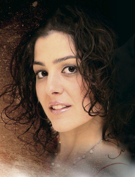 Cristina Fois Biografia artista e cantante sarda contemporanea