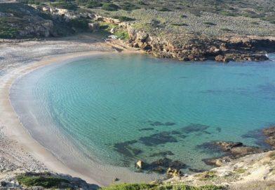 Due bandiere blu per il mare di Sassari nell'estate 2017 la Fee le assegna a Porto Ferro e Porto Palmas.
