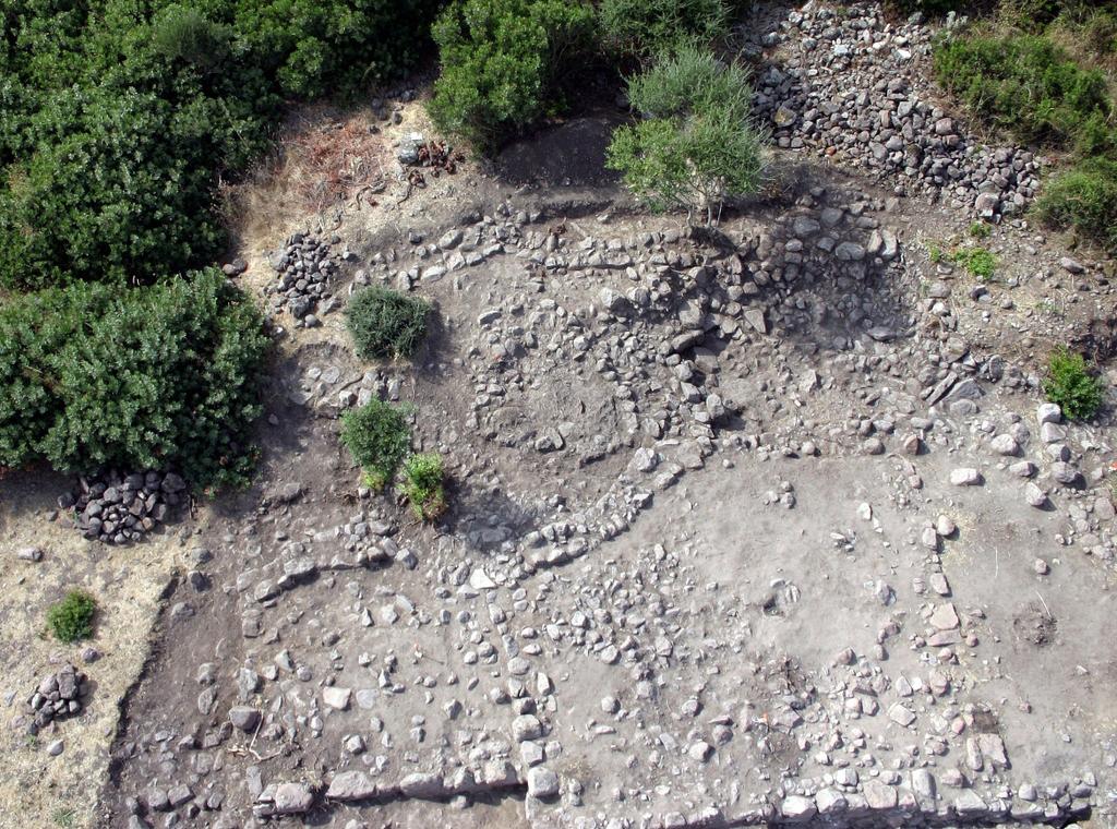 Carbonia fortificazioni fenicie di nuraghe Sirai come arrivare informazioni turistiche