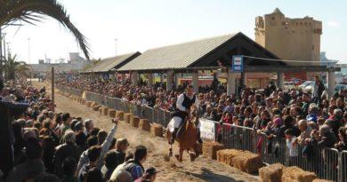 Palio di Santu Bainzu domenica 11 giugno 2017 a Porto Torres sono quaranta i Cavalieri in gara nella via del Mare