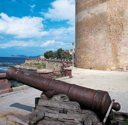 """Torre dello Sperone meglio conosciuta come Torre Sulis. L'inaugurazione della collettiva """"Artisti a Statuto speciale"""" si terrà sabato 19 agosto alle ore 19.00 presso la Torre Sulis di Alghero e si potrà visitare fino al 30 agosto 2017."""