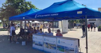 Crociere e marketing accoglienza e informazioni ai turisti anche in bassa stagione a Porto Torres servizi attivi anche a ottobre e novembre 2017.