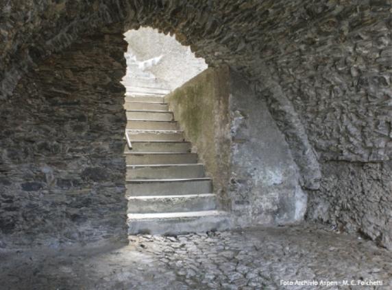 Aritzo Cortes Apertas 28 e 29 ottobre 2017 Carcere Spagnolo settecentesco sottopassaggio a sesto acuto chiamato sa bovida