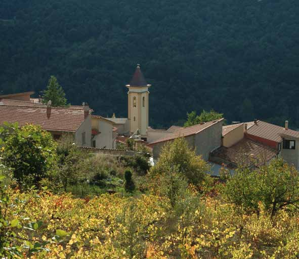 Panorama Cortes apertas a Tiana, Autunno in Barbagia a Tiana Gualchiere.