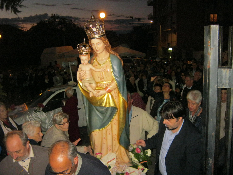 Don Franco Manunta non sarà più il Parroco di Mater Ecclesiae Sassari 8 agosto 2018
