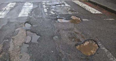 Al via nella città di Oristano e nelle frazioni un progetto da 500 mila euro per la manutenzione straordinaria e la messa in sicurezza delle strade urbane.